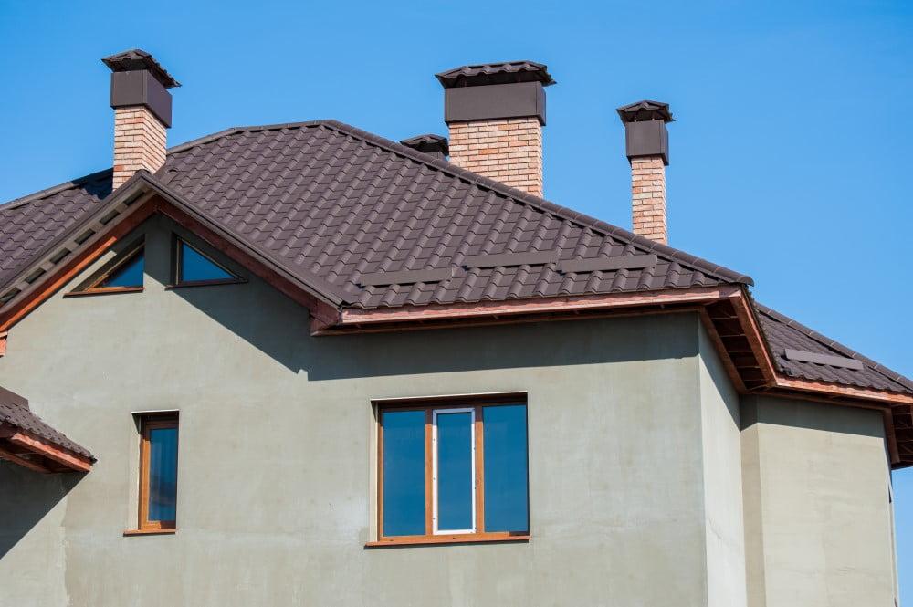 2 forskellige materialer du kan vælge, når du skal have nyt tag på huset